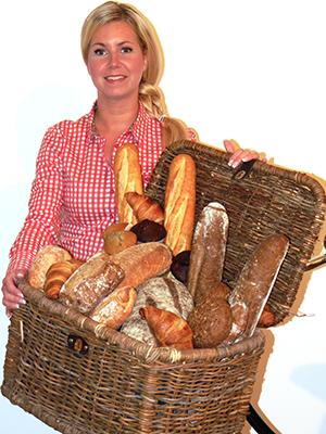 Sandra met broodmand